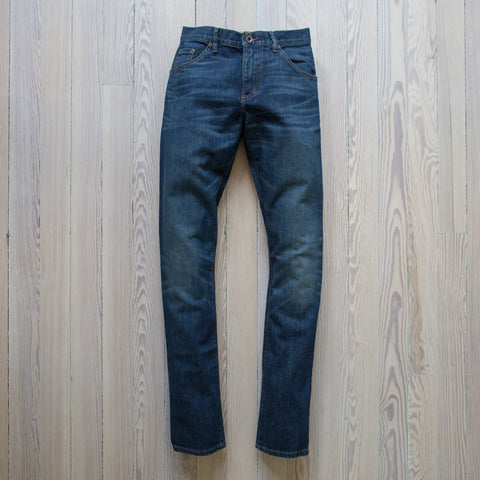 angle: camp | Raleigh Denim Workshop Jones thin fit, front view