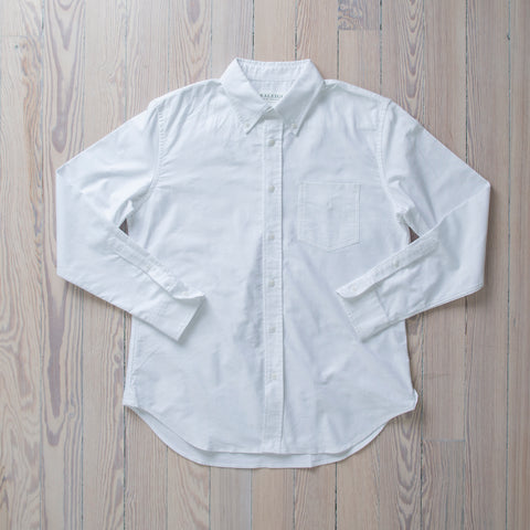 angle: white oxford