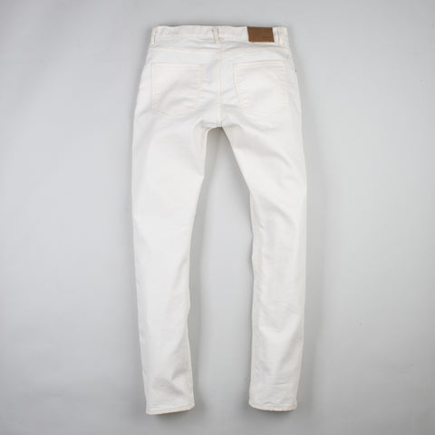 angle: natural | Raleigh Denim Workshop Jones thin fit in white, front view