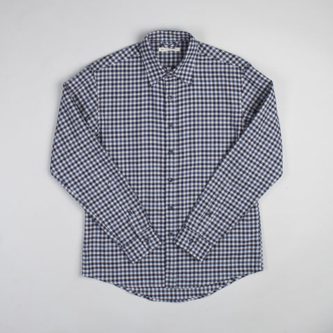angle: blue check | Raleigh Denim Workshop Classic Button-up men's shirt in blue check, front on model.