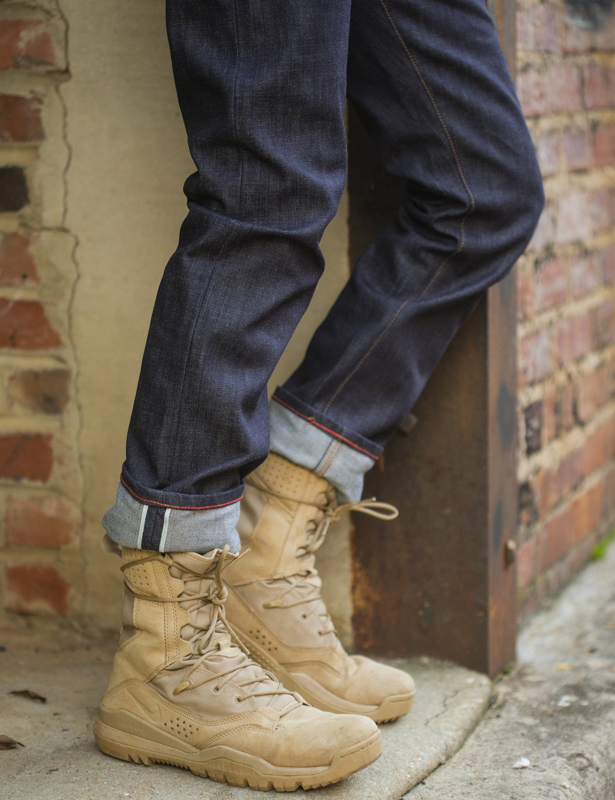 Jones: Selvage Raw  211