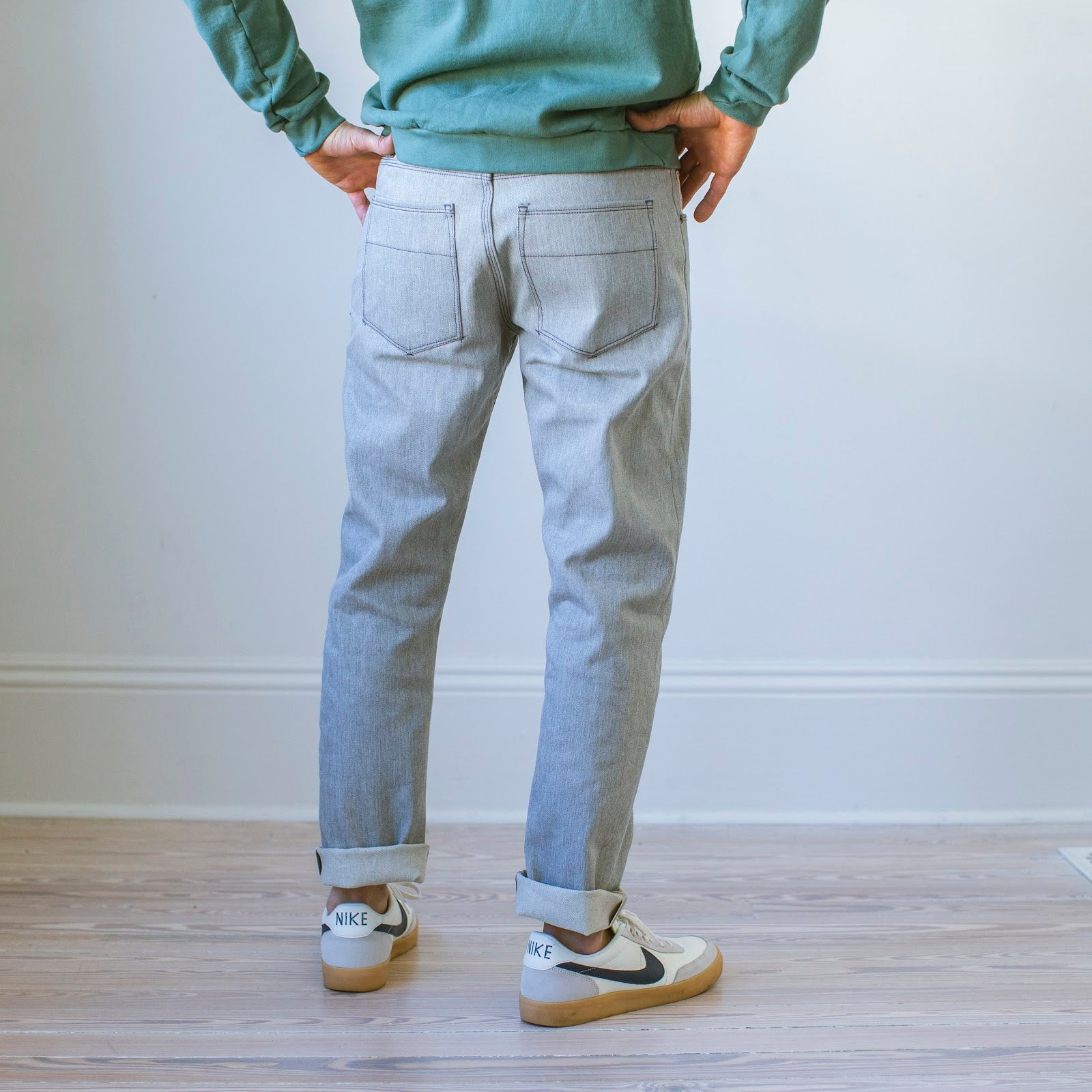 Jones: Selvage  Ashe