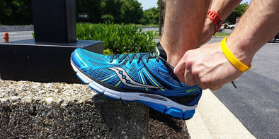 Saucony Omni 13 Running Shoe Overview & Video