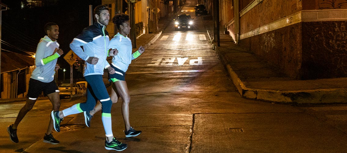 Brooks Carbonite Reflective Running Clothing
