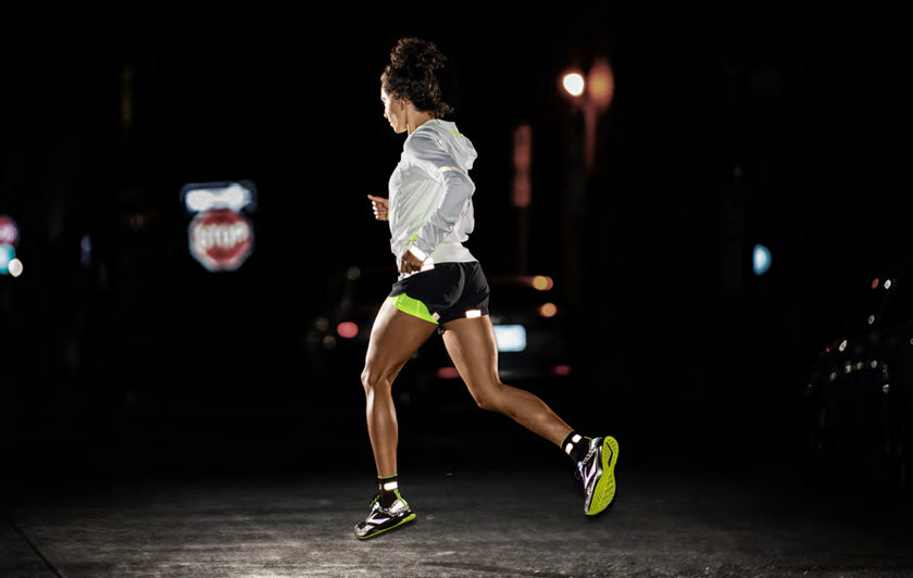 Women's Brooks Carbonite Reflective Running Clothing