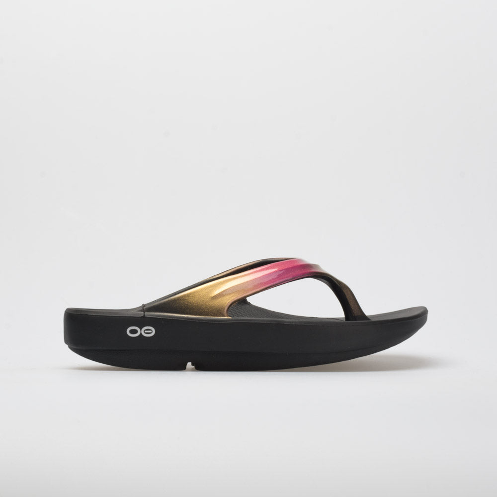 60ff9f06ce83 Oofos OOlala Luxe Women s Black Gold – Holabird Sports