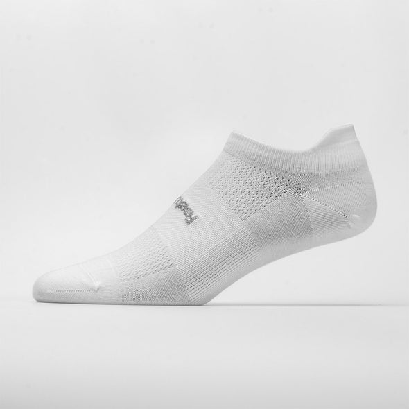 Feetures High Performance Ultra Light Cushion No Show Tab Socks