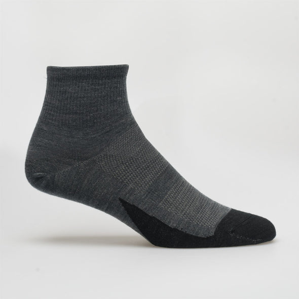Feetures Merino 10 Ultra Light Quarter Socks