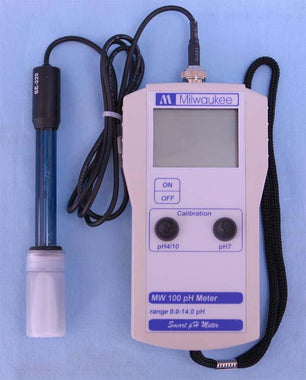 MW100 Portable 0-14 pH Meter - High Accuracy 2 point Manual Calibration | Cambridge Environmental