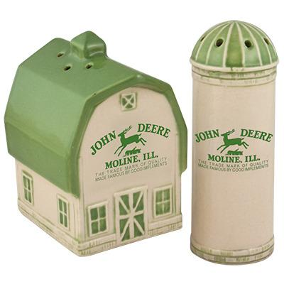 John Deere Barn/Silo Salt & Pepper Set