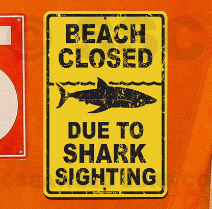 SF92Beach Closed Shark - Aluminum Novelty Metal Sign