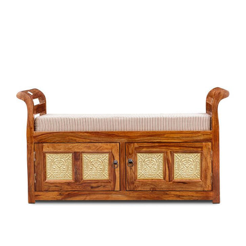 Assandra Settee Walnut