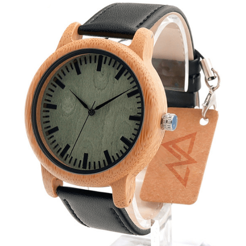 Unisex Handcrafted 100% Natural Wooden Watch // Personalized Engravings // Leather Strap // Maria