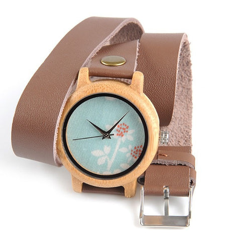 Women's Handcrafted 100% Natural Wooden Watch // Personalized Engravings // Leather Strap // Hestia - Woodzystore