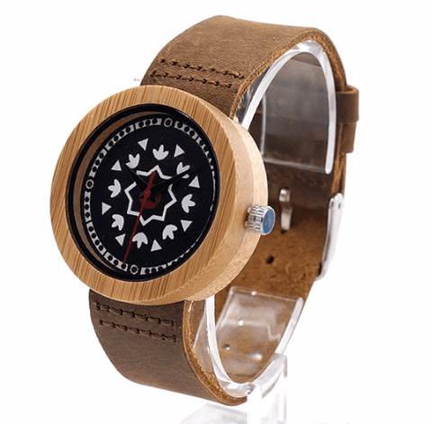 Women's Handcrafted 100% Natural Wooden Watch // Personalized Engravings // Leather Strap // Cindy - Woodzystore