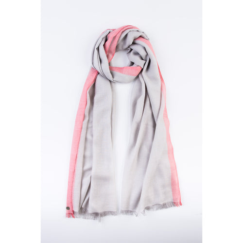 Flash Stripe Feather Light Wrap