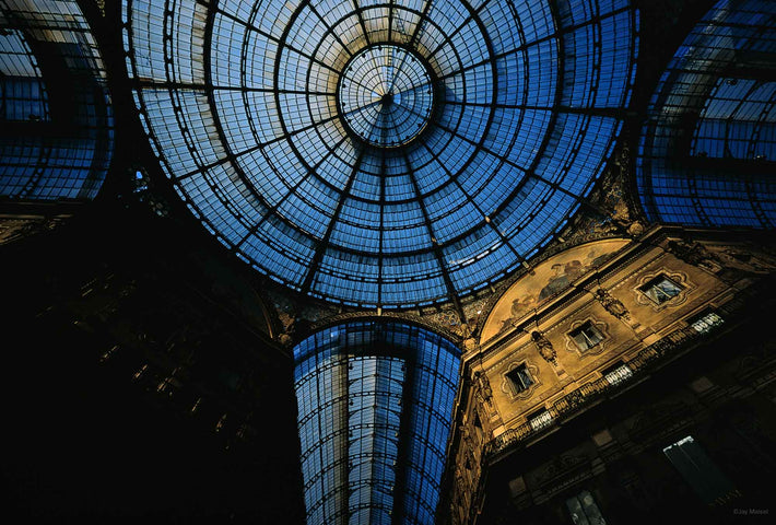 Galleria Looking Up, Milan
