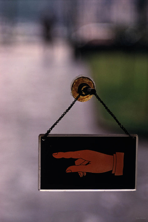 Sign of Hand on Door, Milan