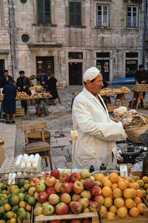 Market, Man with Apples, Dubrovnik