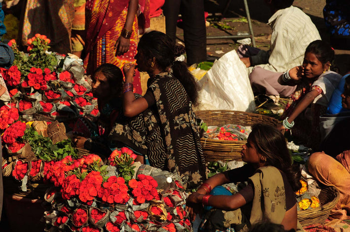 Market, Women with Red Flowers, Mumbai