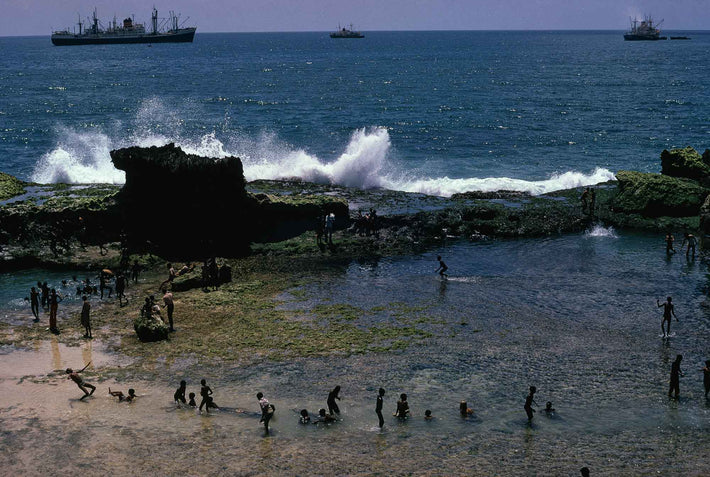Kids, Ships, Rocks, Waves, Xamar Wein, Somalia