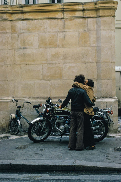 Man Kissing Woman, Motorcycle, London