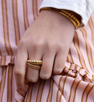 Eli Twist Ring By Sahira