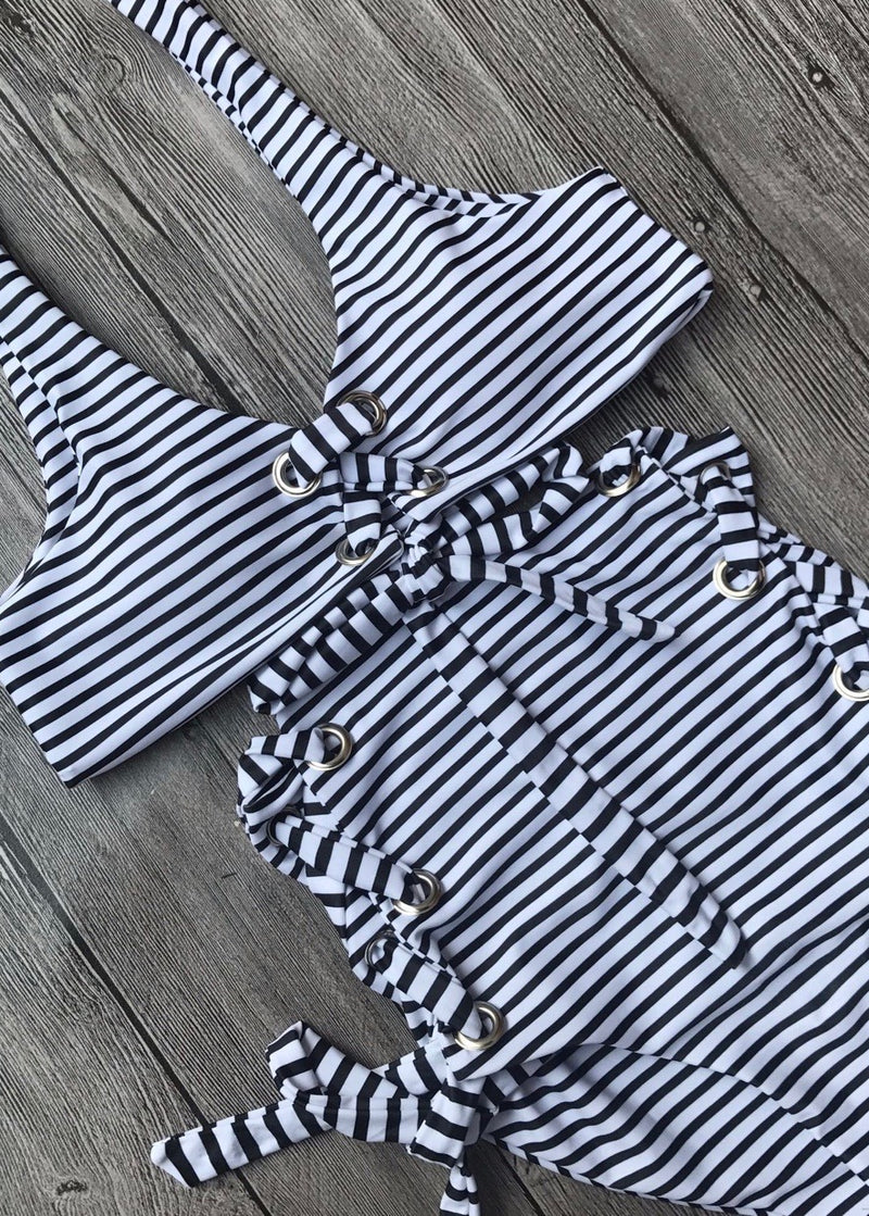 Summer Stripes Bikini Top - Brunch Babe