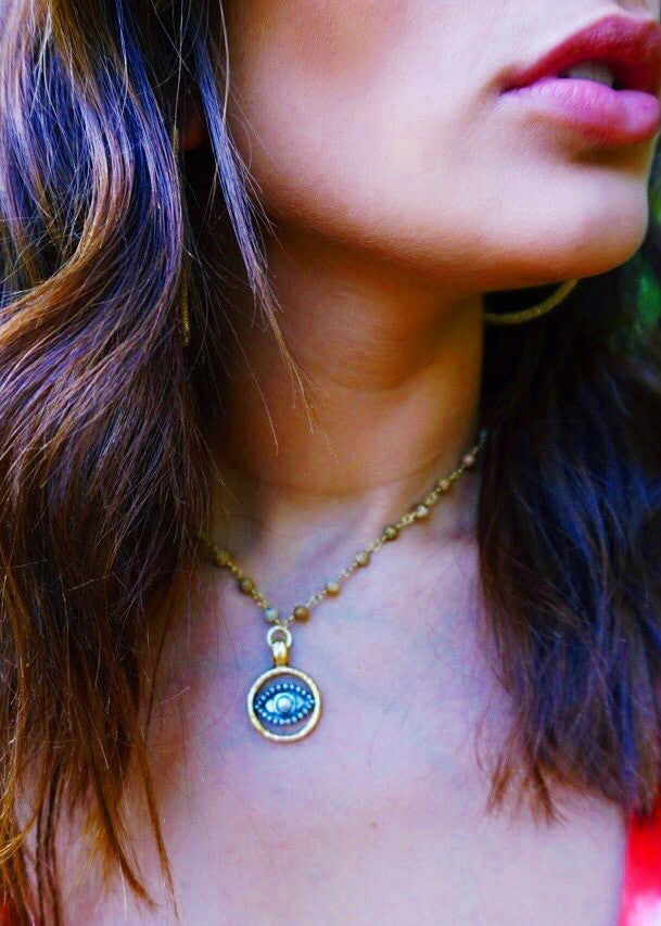 R&R: Eye Pendant - Brunch Babe