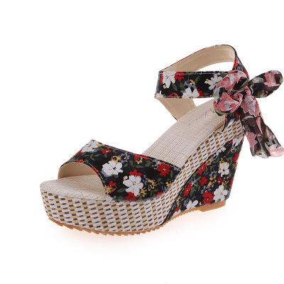 Floral Print Wedge Sandals - All Eyes on Her