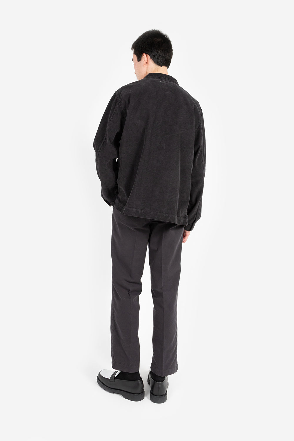 Knickerbocker chore shirt corduroy black front