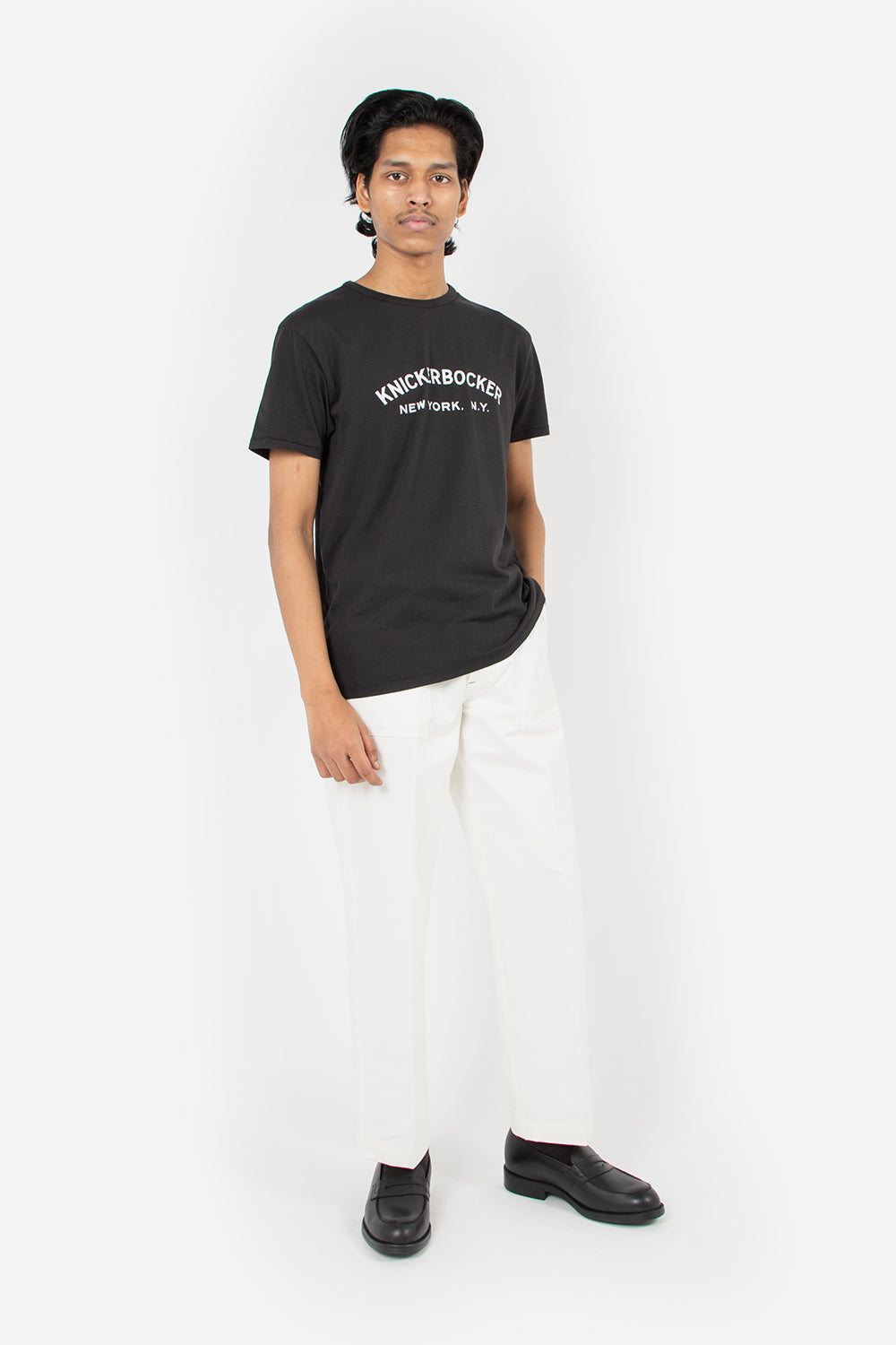 knickerbocker core tee logo coal