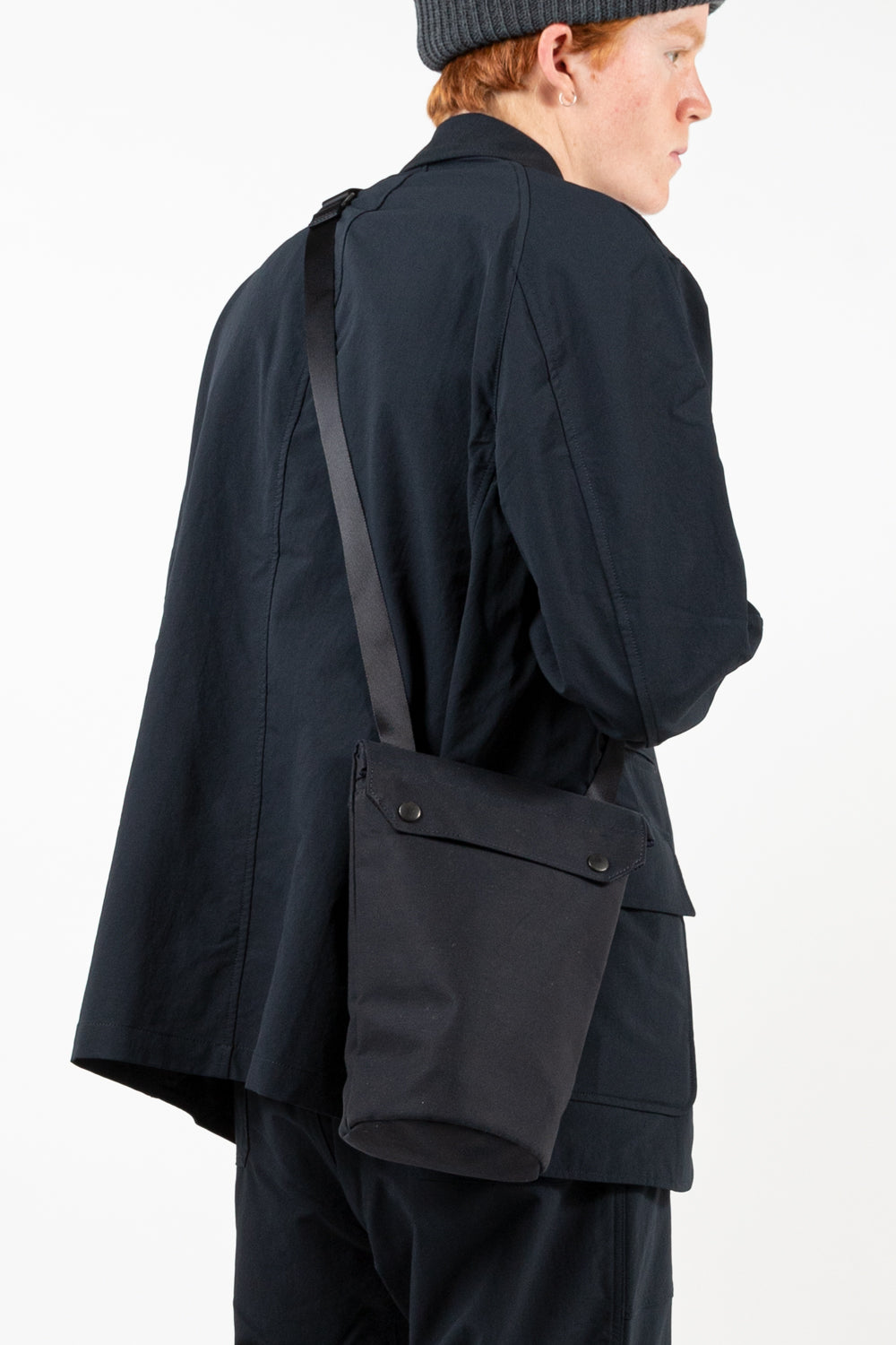 nanamica water repellent shoulder bag in navy