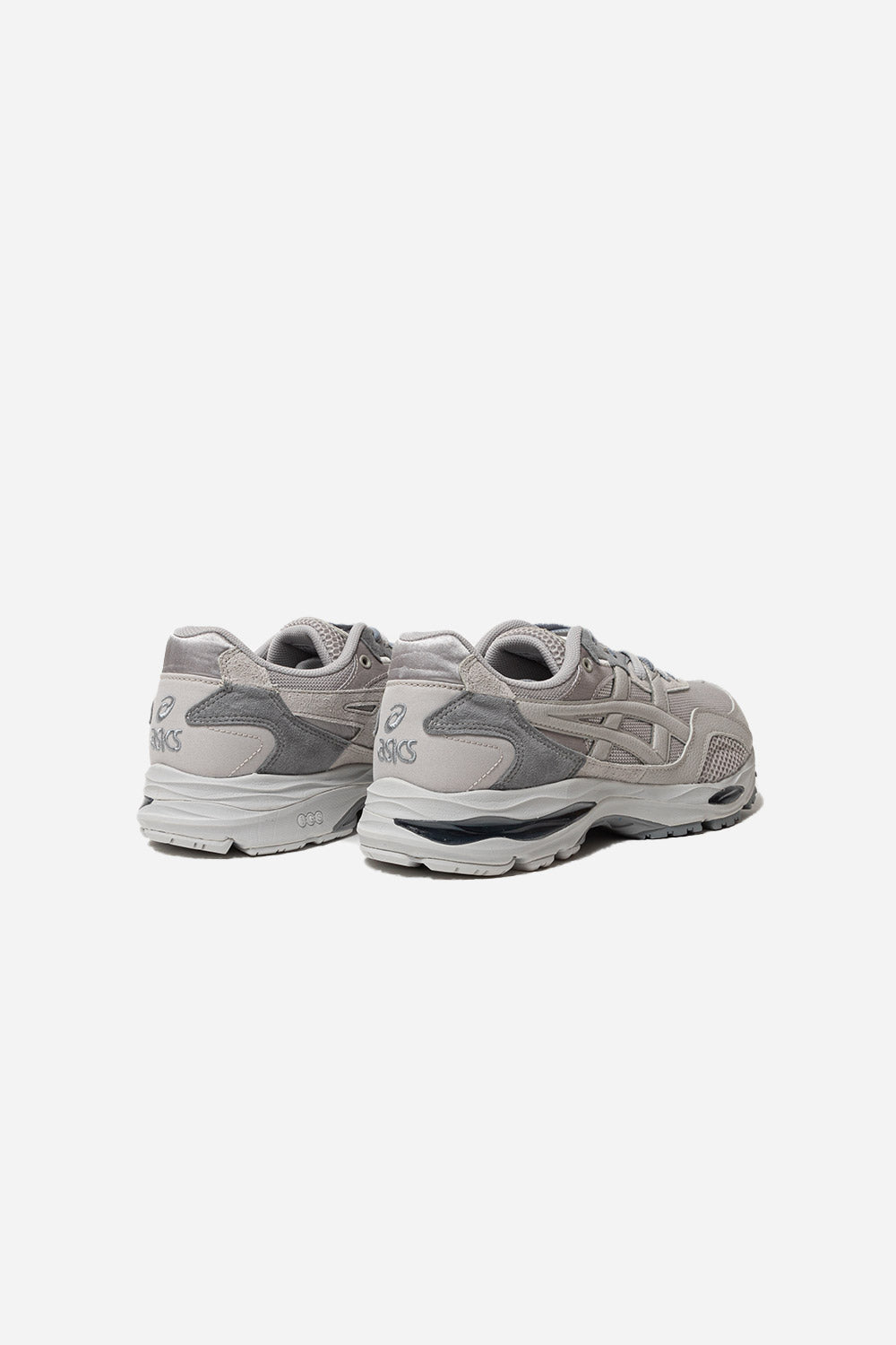 asics-gel-mc-plus-oyster-grey-sheet-rock