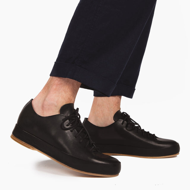 FEIT Hand Sewn Low in Black