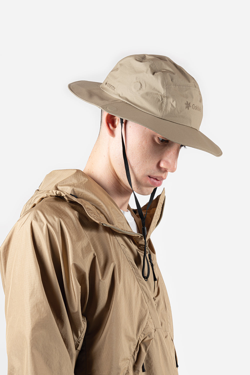 goldwin-gore-tex-mountain-hat-clay-beige