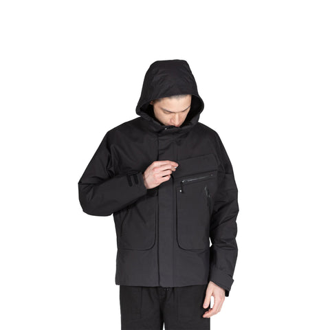 Goldwin Insulation Mountain Parka in Black hooded jacket sportswear all weather rain gear