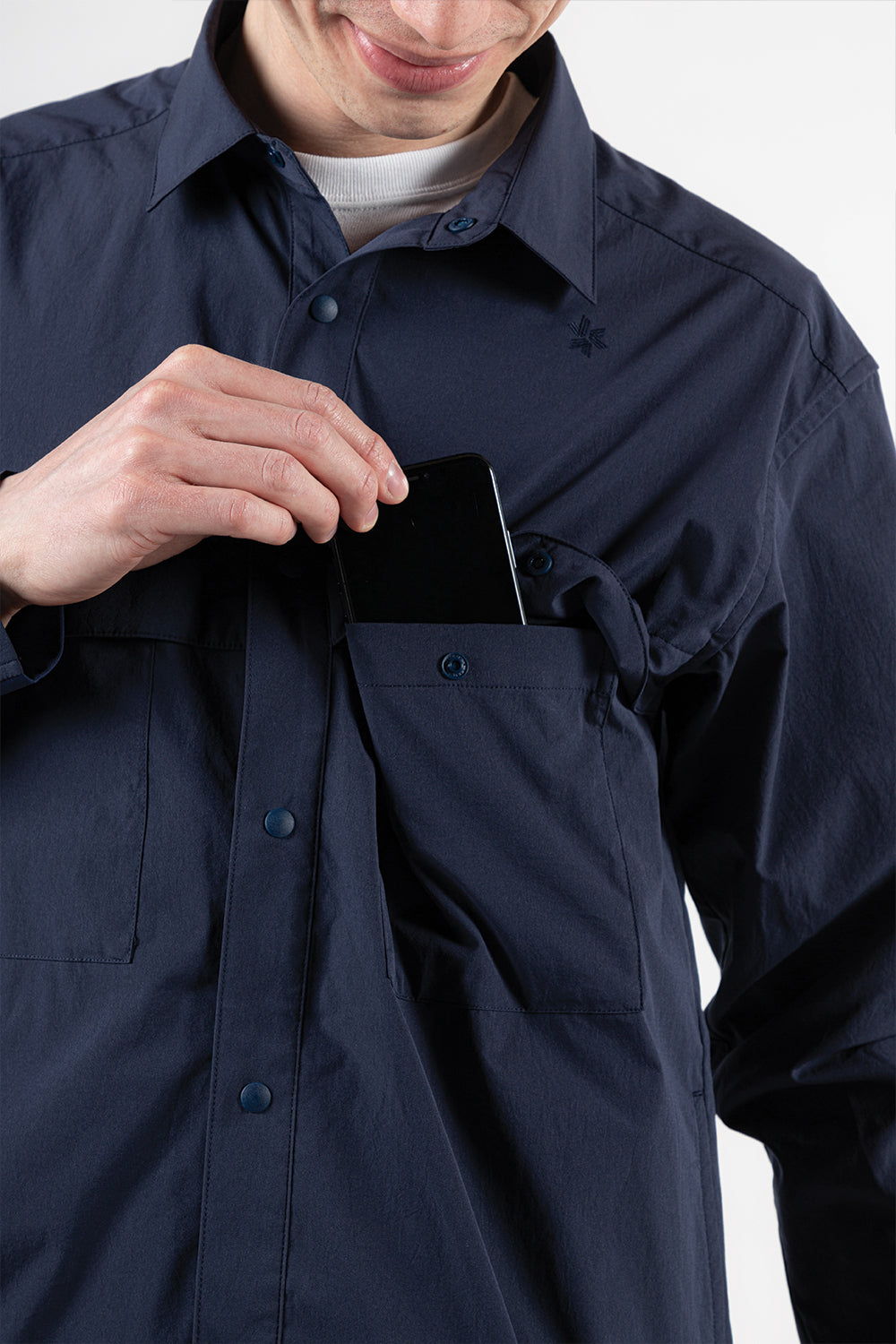 goldwin-square-box-coach-shirt-navy