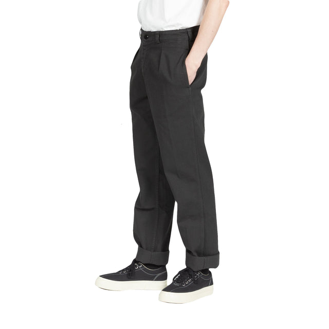 knickerbocker livingstone pant in black bottoms pants