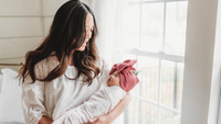 Rockabye Baby: 5 Important Swaddling Benefits for You and Your Baby