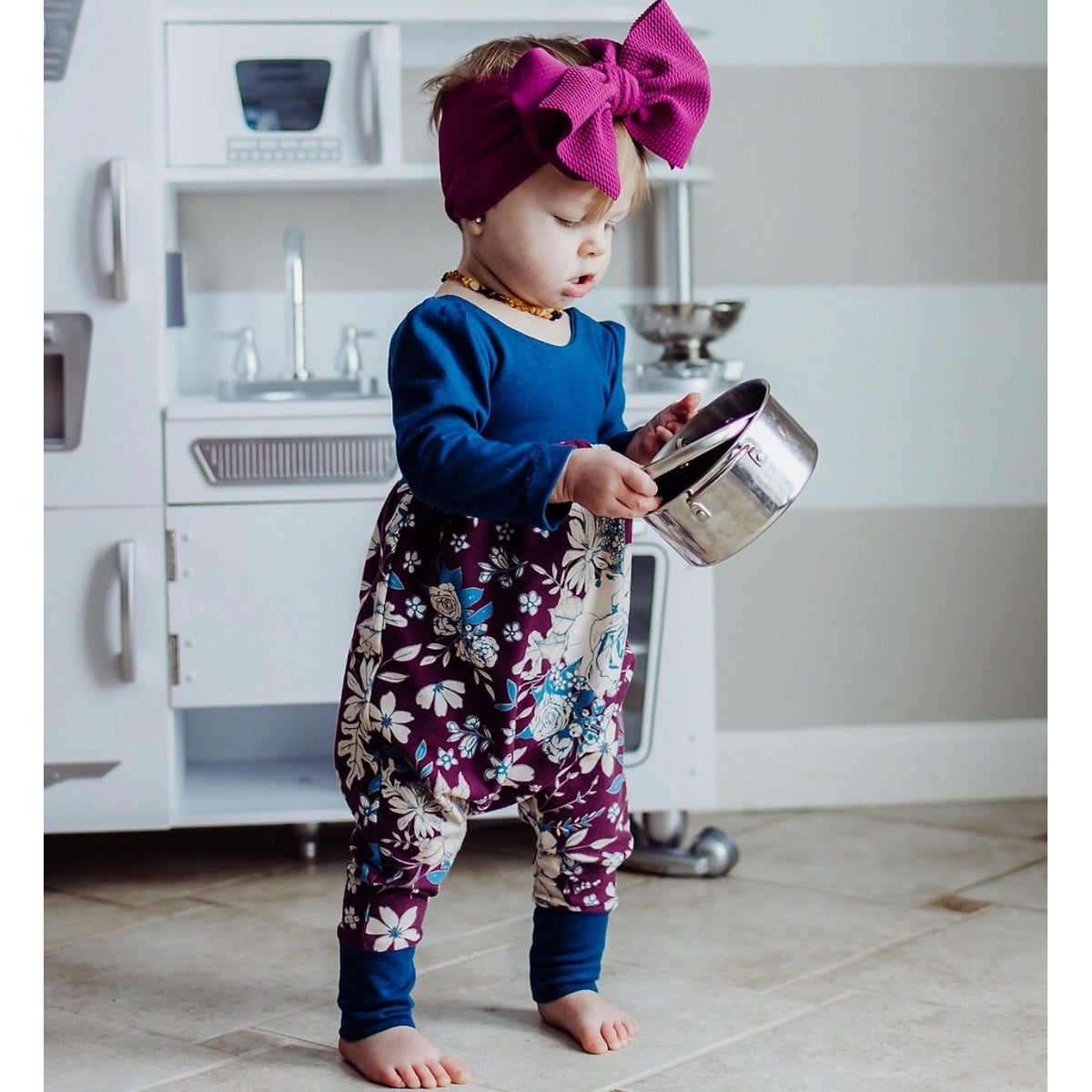 berry headwrap- berry head bow-baby headwrap- toddler-head wrap