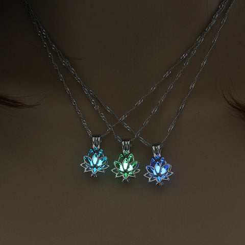 LOTUS FLOWER NECKLACE (GLOW IN THE DARK) - Spiritual Swag