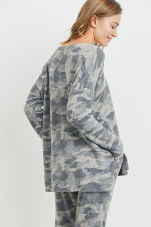 Long Sleeve Grey Brushed V-Neck Camo Top.