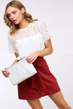 SHORT SLEEVE LACE CONTRAST TOP