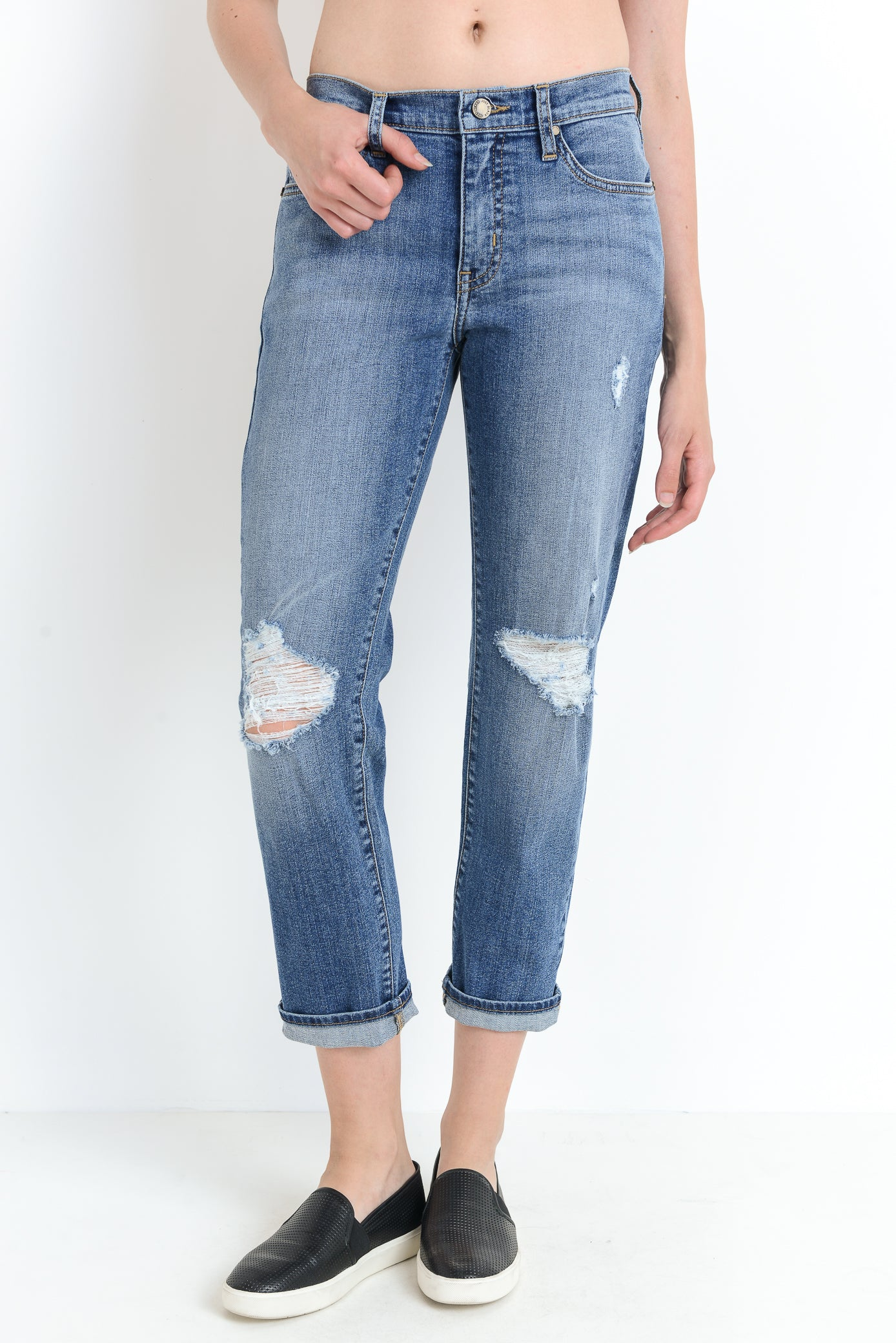 Distress Girlfriend Jeans - Nicoletaylorboutique