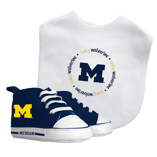 Michigan Baby Bib with Pre-Walking Shoes