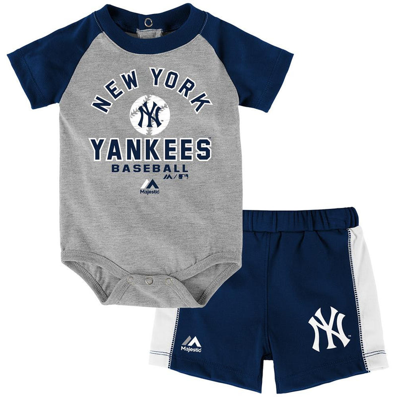 Yankees Baby Classic Onesie with Shorts Set