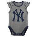 Yankees Diamond Girl 2 Piece Bodysuit Set