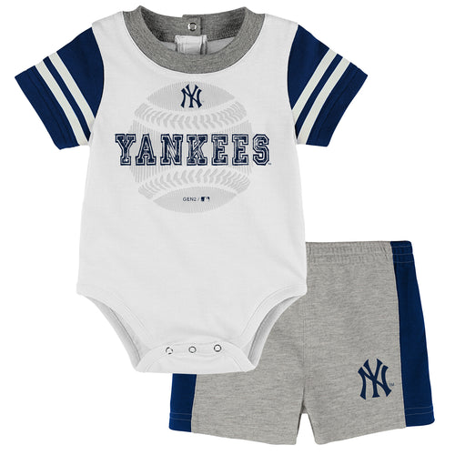 Yankees Baby Boy Bodysuit with Shorts