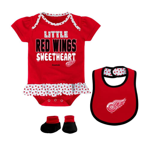 Red Wings Sweetheart Outfit